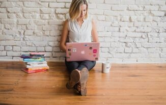 Why Trying to Be an Influential Blogger Is a Mistake